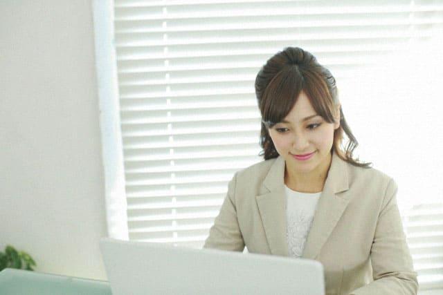 まずは女性向け転職サイトを利用しよう